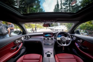 Mercedes-Benz C300 Coupe AMG Line, C205 Facelift, Panoramic Sunroof, Dashboard, Malaysia 2018