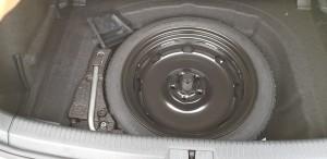 Volkswagen Golf GTi 7.5 spare tyre