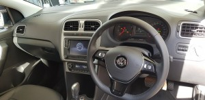 Polo B & W, Black interior