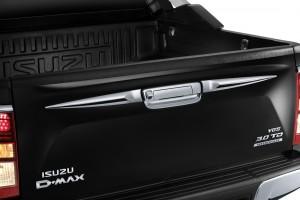 Isuzu D-Max Titanium Package_Chrome Tailgate Garnish_Malaysia