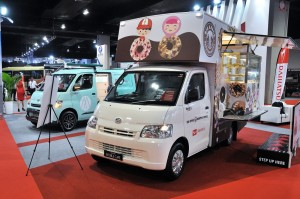 Daihatsu Gran Max Van_Big Apple_Food Truck_KLIMS 2018_Malaysia