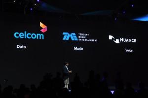 Proton X70 SUV_GKUI_Celcom_Nuance_Tencent