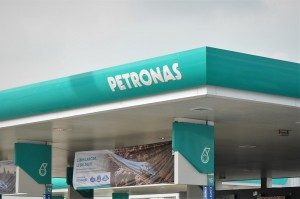 Petronas Sign_Logo_Malaysia_Service Station