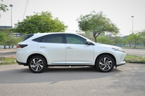 Toyota Harrier 2.0_Luxury_Malaysia_Review