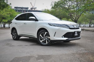 Toyota Harrier 2.0L Turbo_Luxury Variant_Malaysia