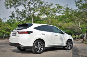 Toyota Harrier 2.0T_Luxury_Rear View_Malaysia