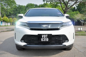 Toyota Harrier 2.0 Turbo_Front View_Malaysia