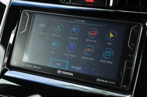 Toyota Harrier_Official_DVD-AVX_Infotainment_Touchscreen_UMW Toyota_Malaysia