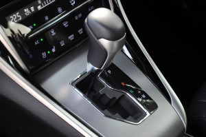Toyota Harrier_6 Speed AT_Gear Lever_Malaysia