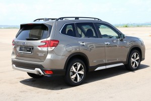 Subaru Forester e-Boxer_Hybrid