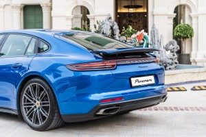 Porsche Panamera_Premium Package_Rear Spoiler_Malaysia
