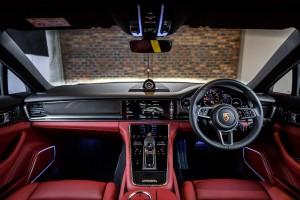 Porsche Panamera_Premium Package_Dashboard_Interior_Malaysia