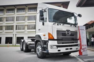 HINO SR1EKRG 700 Series 6x2 Prime Mover Truck_Malaysia