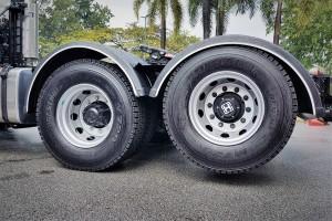 Hino SR1EKRG_SR1E 700 Series Prime Mover_3rd Axle Lifted_Malaysia