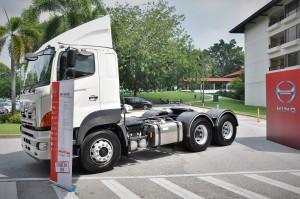 Hino SR1E 700 Series_SR1EKRG 6x2_Prime Mover_Truck_Malaysia_Launch