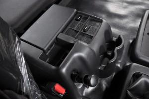 Hino 700 Series_SR1E 6x2_Centre Console_Malaysia_Prime Mover_Truck