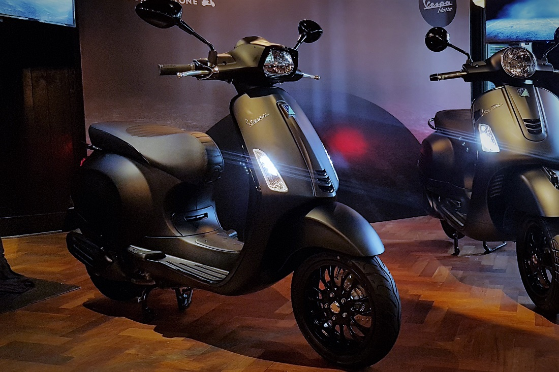 vespa malaysia introduces notte edition variants of gts. Black Bedroom Furniture Sets. Home Design Ideas