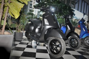 Vespa Notte GTS Super 300_Scooter_Malaysia