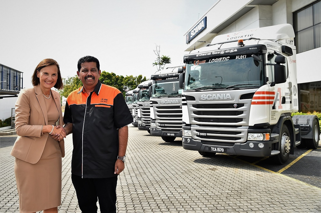 Scania Malaysia Hands Over 15 G-Series Prime Movers To AONE