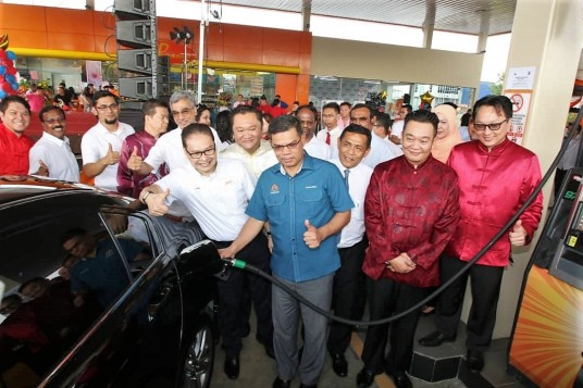 BHPetrol Sepang Lukut Station Officially Open