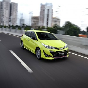Toyota Yaris_Indonesia_Driving