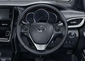 Toyota Yaris_Steering Wheel