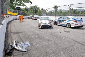 Toyota Vios Challenge_Sporting Class_Round 3_Race 1_Batu Kawan_2019_Toyota Gazoo Racing_Malaysia_Accident_Safety Car