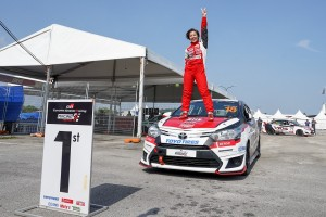 Janna Nick achieves her first win in 14 races of the Toyota Vios Challenge