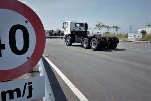 Truck Driving_Speed Limit