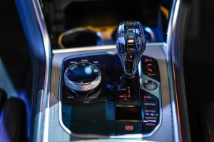 BMW 8 Series_Centre Console_Gear Lever_Glass_Control Knob_Malaysia
