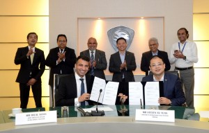 (Seated L-R): Mr Hilal Khan (CEO of Al-Haj Group Pakistan) and Mr Steven Xu Yuan (Director of International Sales Division Proton) at the signing ceremony in 2018.
