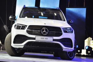 Mercedes-Benz GLE 450 AMG Line_Front_Malaysia_2019