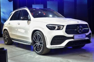 Mercedes-Benz GLE 450_AMG Line_Night Package_Malaysia_2019