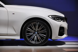 BMW G20 3 Series_330i_M Sport_Nose_Side_Malaysia