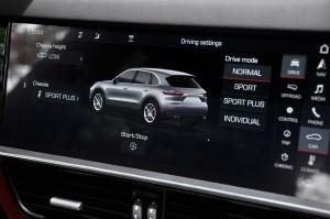 Porsche Cayenne_12.3 Inch Touchscreen_Drive Mode Selection_Malaysia