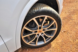 Porsche Cayenne_3.0 V6_Front Wheel_Malaysia