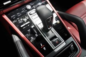 Porsche Cayenne_Centre Console_Touch Panel_Malaysia