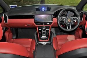 Porsche Cayenne_Dashboard_Malaysia