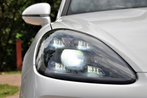 Porsche Cayenne_Four Point LED Headlight_Malaysia