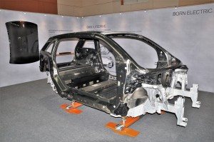 BMW i3s_Passenger Cell_CFRP_Aluminium Chassis_Malaysia
