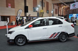 Perodua Bezza Limited Edition_1.3 Premium X_GearUp_Side View_Malaysia