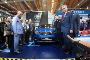 Proton Iriz_YAB Tun Dr Mahathir Mohamad_Malaysia Autoshow 2019