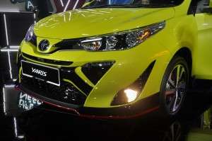 Toyota Yaris_1.5G_Halogen Headlamps_LED DRL_Fog Lamp_Malaysia