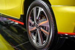 Toyota Yaris 1.5G 16 Inch Light Alloy Wheel_Malaysia