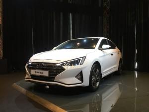 Hyundai Elantra 2.0 Executive, 2019