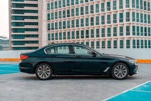 BMW 520i Luxury_Chrome Line Exterior_Side View_Malaysia