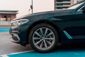 BMW 520i Luxury_Nose_Side_Malaysia