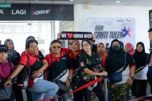 Toyota Gazoo Racing_Racing Festival_Sepang_Malaysia_Janna Nick Fans_NP1_3548