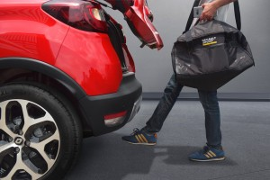Renault Captur updated with hands-free Power Tailgate