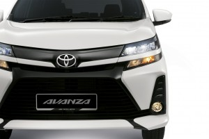 The Bi-LED Headlamp on the Avanza offers better illumination